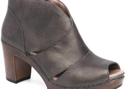 IB Shoe